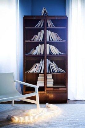 Albero stilizzato con libri