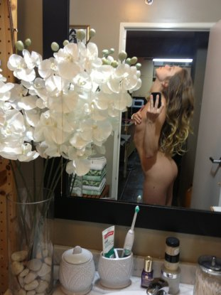 jessie-andrews-specchio