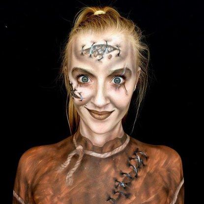 Lara make-up mostro