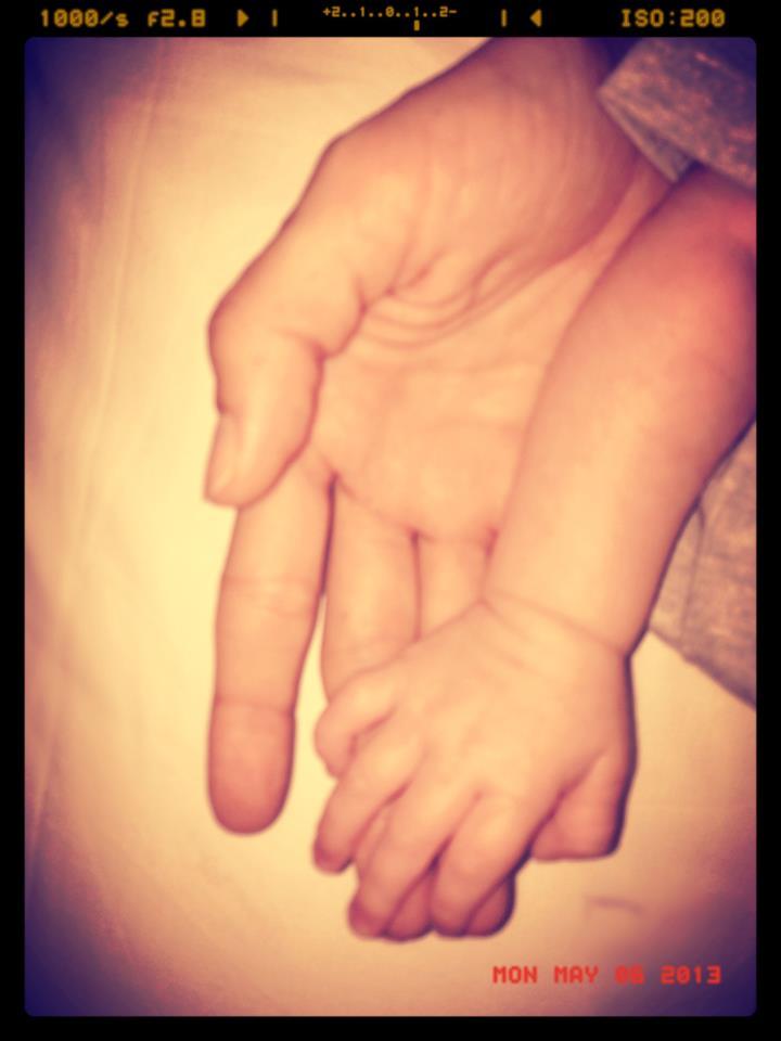 belen santiago mano