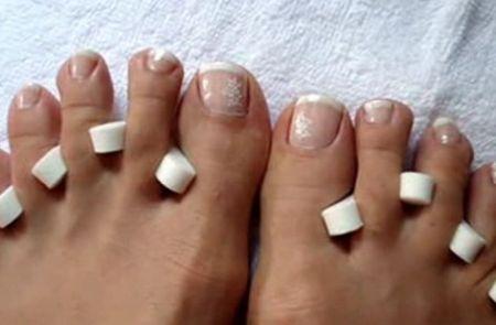 sbiancare-le-unghie-piedi