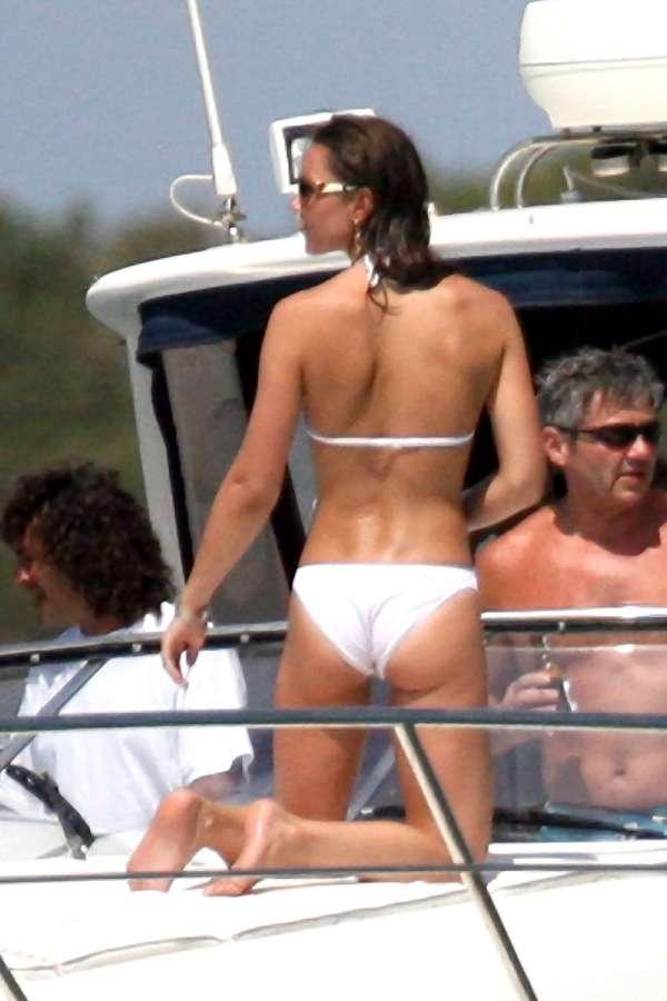 kate_middleton_bikini_past_2
