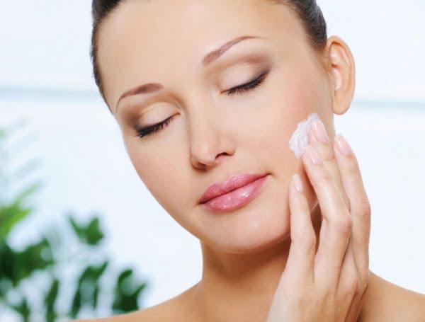 Bagno Di Vapore Brufoli : Brufoli rimedi naturali per il trattamento della pelle wdonna