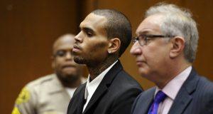 L'ex fidanzato di Rihanna di nuovo nei guai