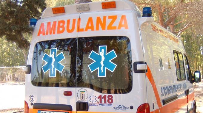 2493959-ambulanza