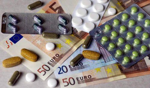 Case farmaceutiche sotto l'occhio della Finanza