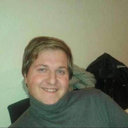 Svolta omicidio del parrucchiere gay