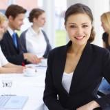 Un capo donna fa guadagnare di più