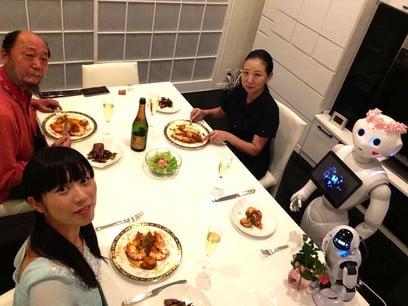 Pepper-family-Tomomi-Ota