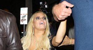 Jessica Simpson ubriaca