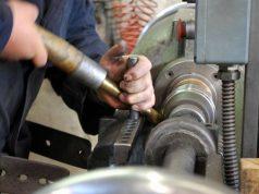 Tornitore: lavoro di meccanica e non solo