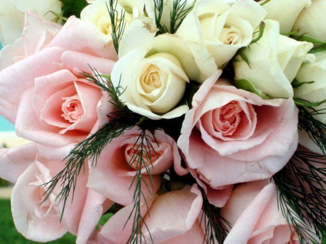 Bouquet da sposa i fiori giusti per la primavera for Sposa che corre