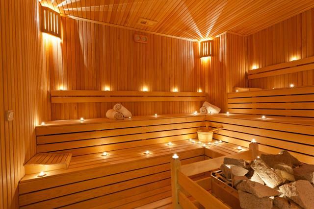 Benefici Della Sauna E Bagno Turco WDonna