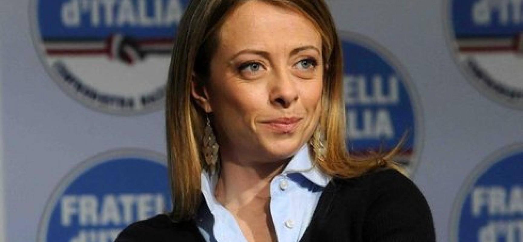 Giorgia meloni biografia for Meloni arredamenti oristano