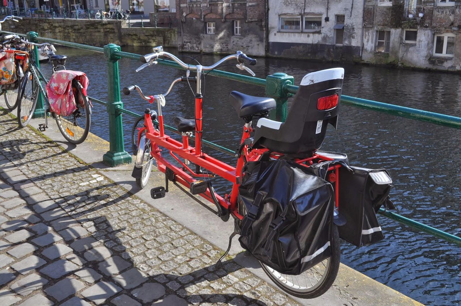 tandem biciclette a tre posti