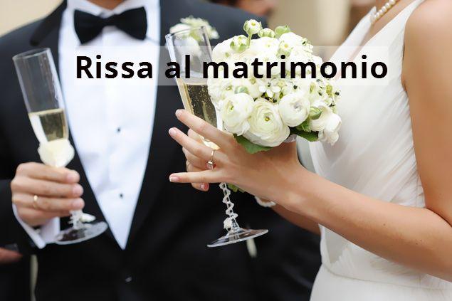 Matrimonio In Rissa : Caltanissetta sposo si apparta con la testimone